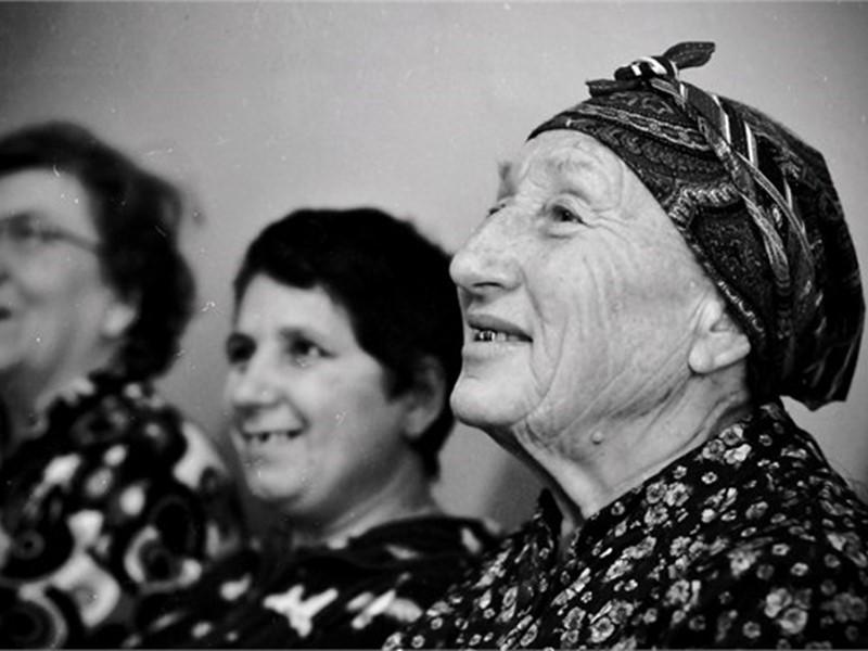 Статистика Ростовской области  на 2013 г.: Численность населения-42546000 человек; Численность населения старше трудоспособного