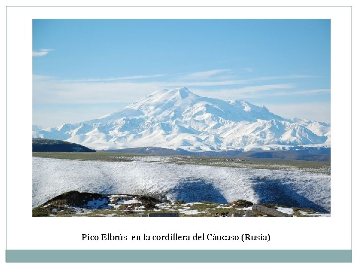 Pico Elbrús en la cordillera del Cáucaso (Rusia)