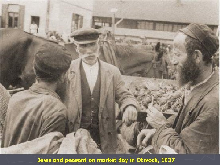 Jews and peasant on market day in Otwock, 1937