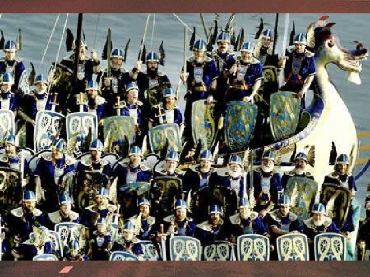 В 9 веке на Шетландские острова, что рядом с побережьем Шотландии, напали викинги. Это